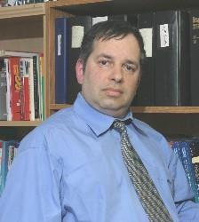 20032